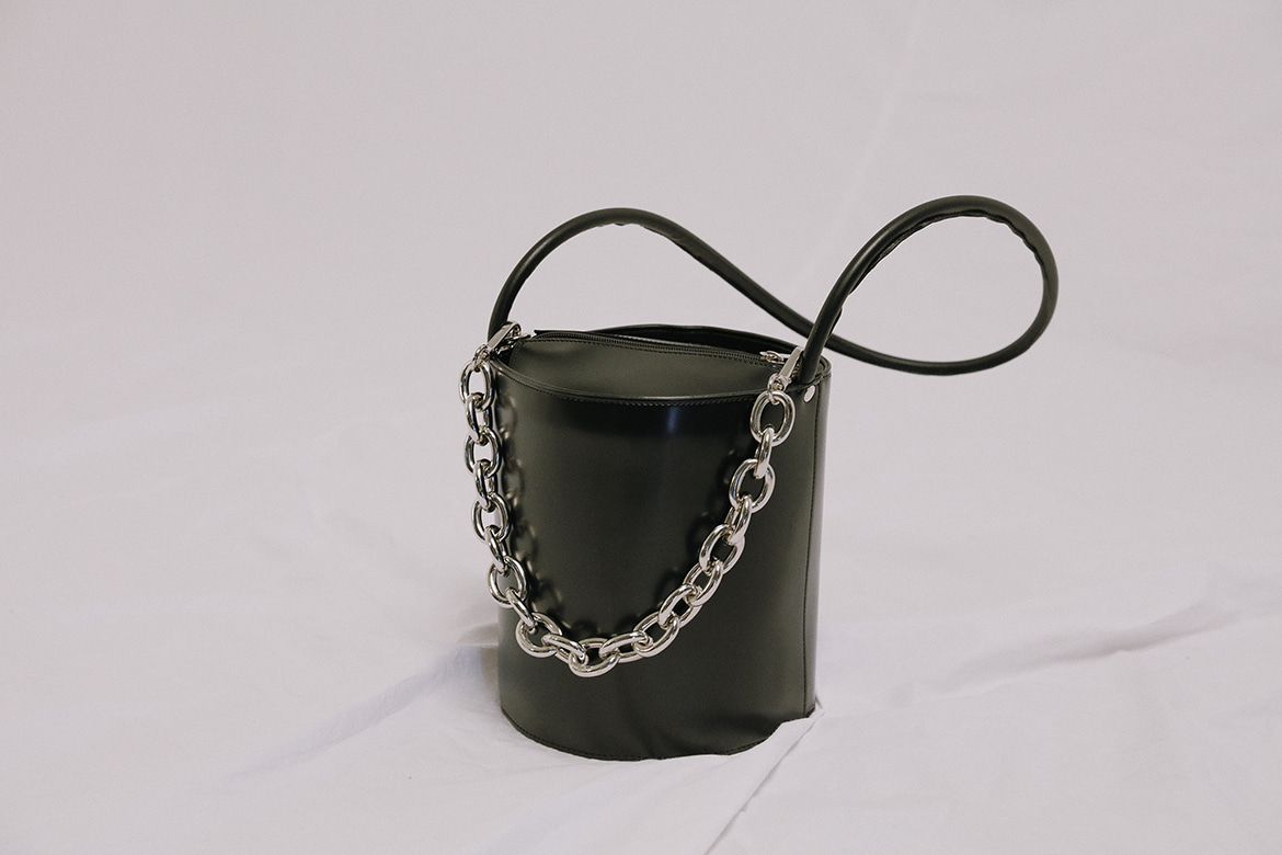 chain charm strap bucket bag